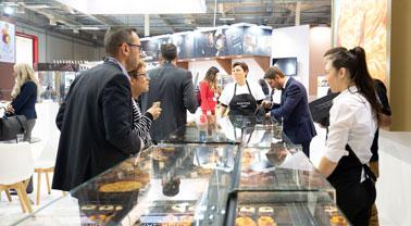 Μεγάλη έρευνα: Οι επισκέπτες της ARTOZA επιλέγουν τον Νοέμβριο